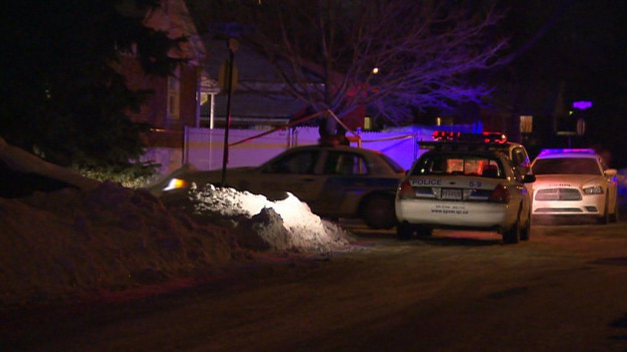 Le drame est survenu lundi soir sur la rue Hamilton à Dorval, en banlieue ouest de Montréal.
