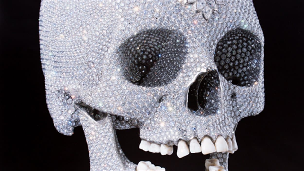 For the love of God : The diamond Skull, une oeuvre de Damien Hirst
