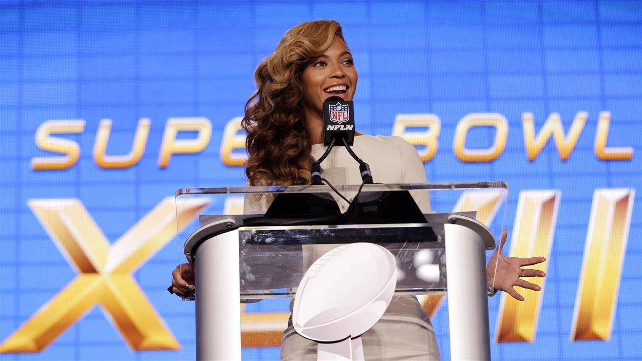 La chanteuse américaine Beyonce, lors d'une conférence de presse jeudi, en marge du Super Bowl.