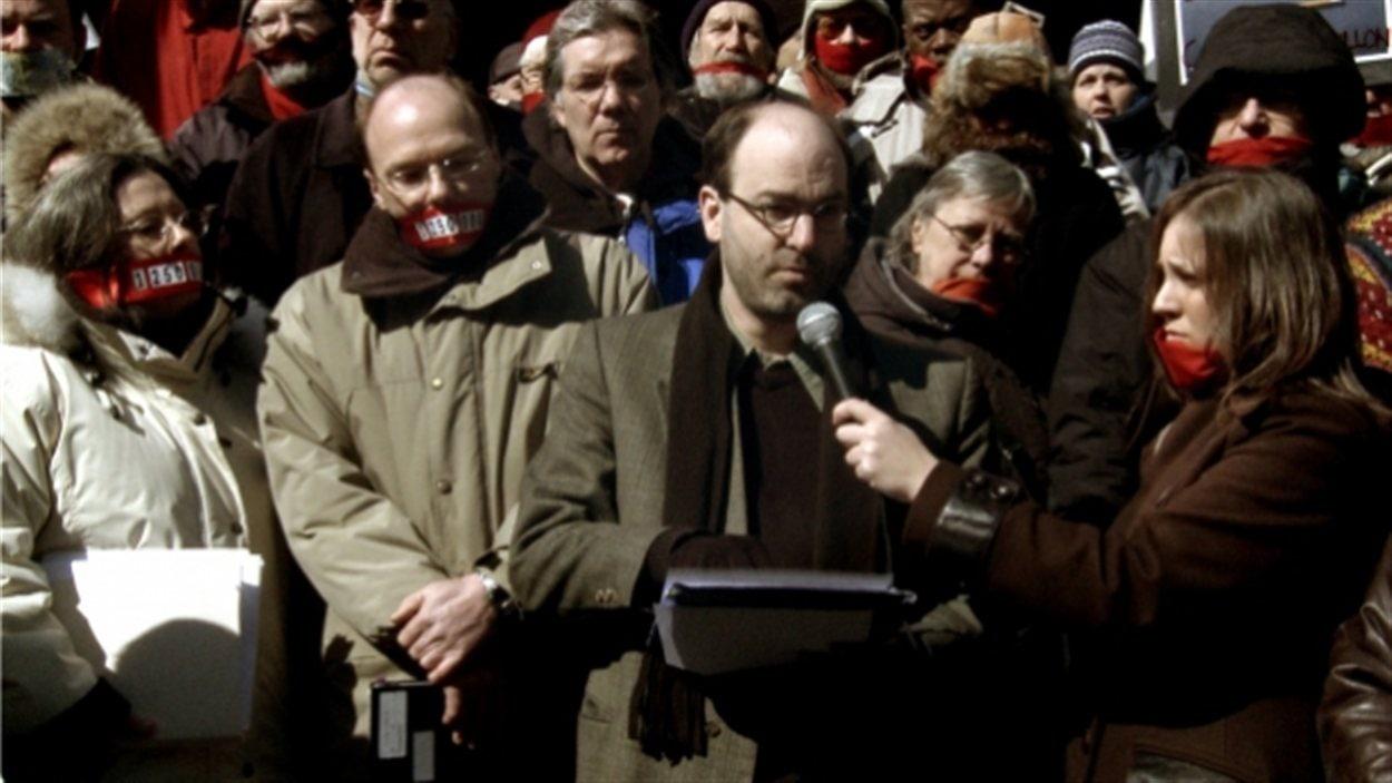Alain Denault dans le documentaire <i>Le prix des mots</i>