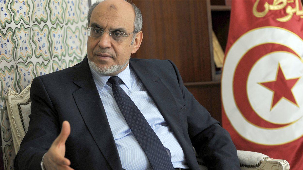 Le premier ministre tunisien Hamadi Jebali lors d'une réunion avec son cabinet, mardi, à Tunis