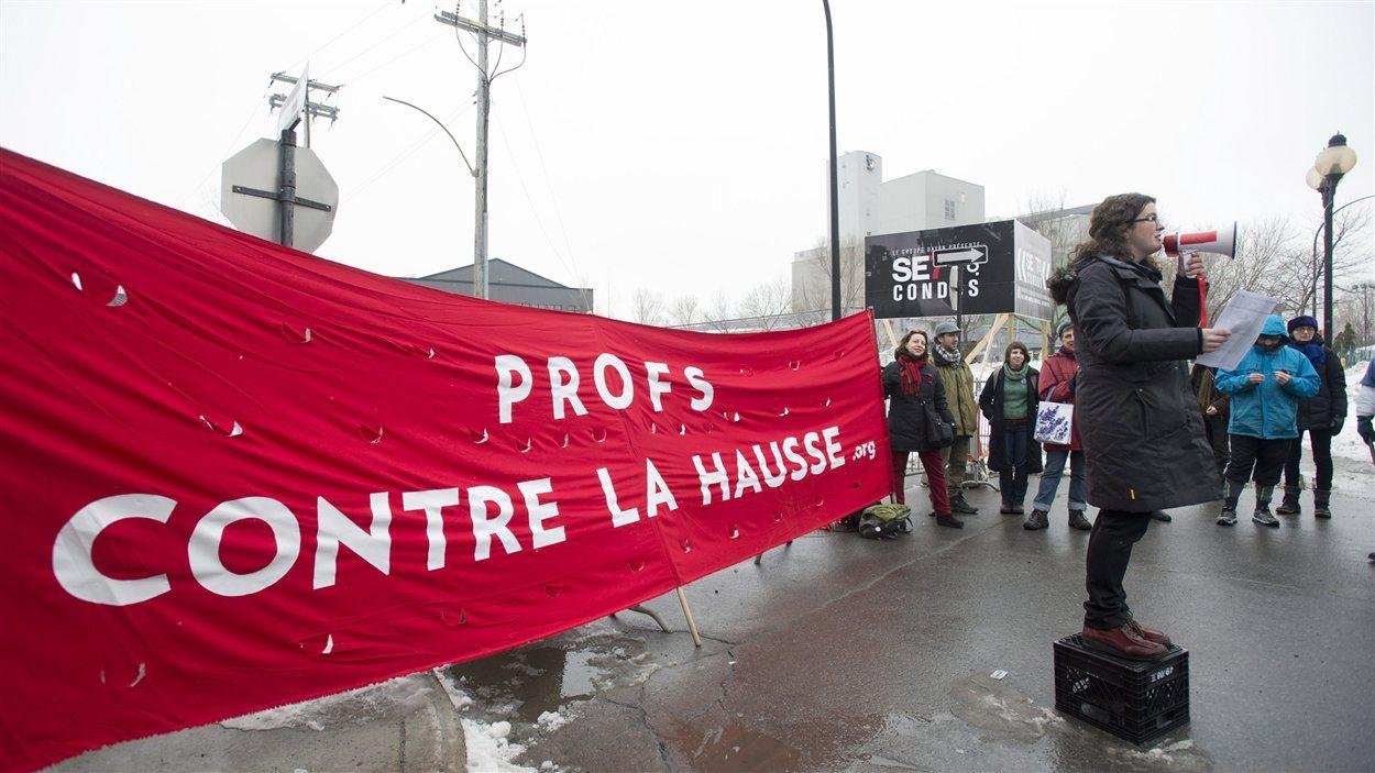 Manifestation des professeurs contre la hausse
