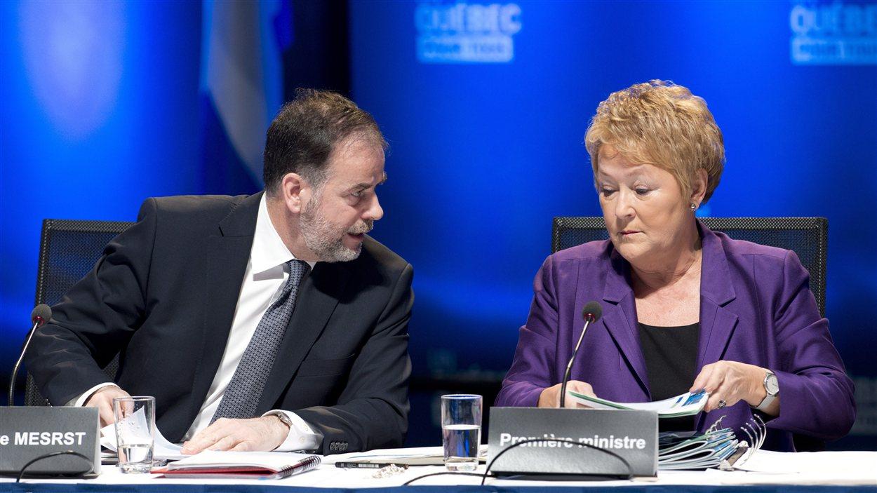 Le ministre de l'Enseignement supérieur, Pierre Duchesne, et la première ministre Pauline Marois
