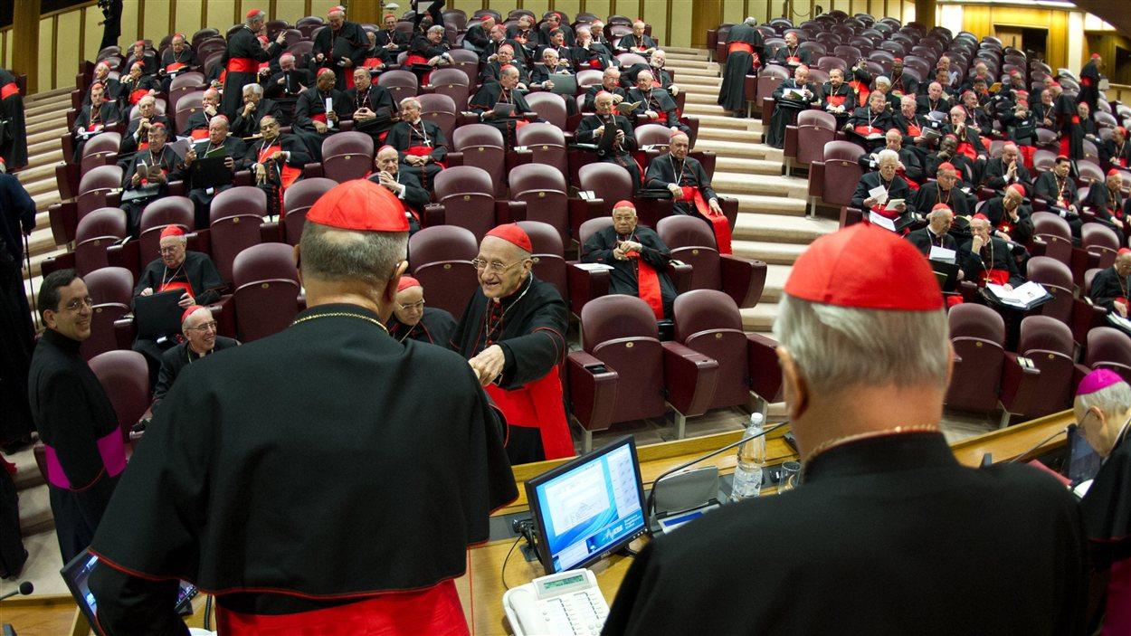 Les cardinaux sont réunis pour préparer la succession de Benoît XVI