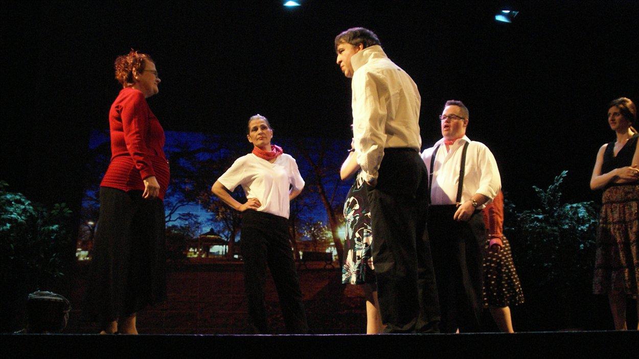 La pièce Montréal Est-Ouest associe des comédiens déficients et non déficients