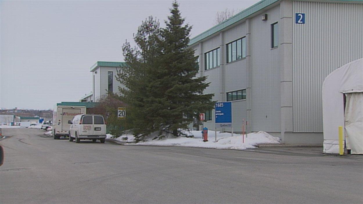 L'employé de la morgue a été congédié en mars 2012.
