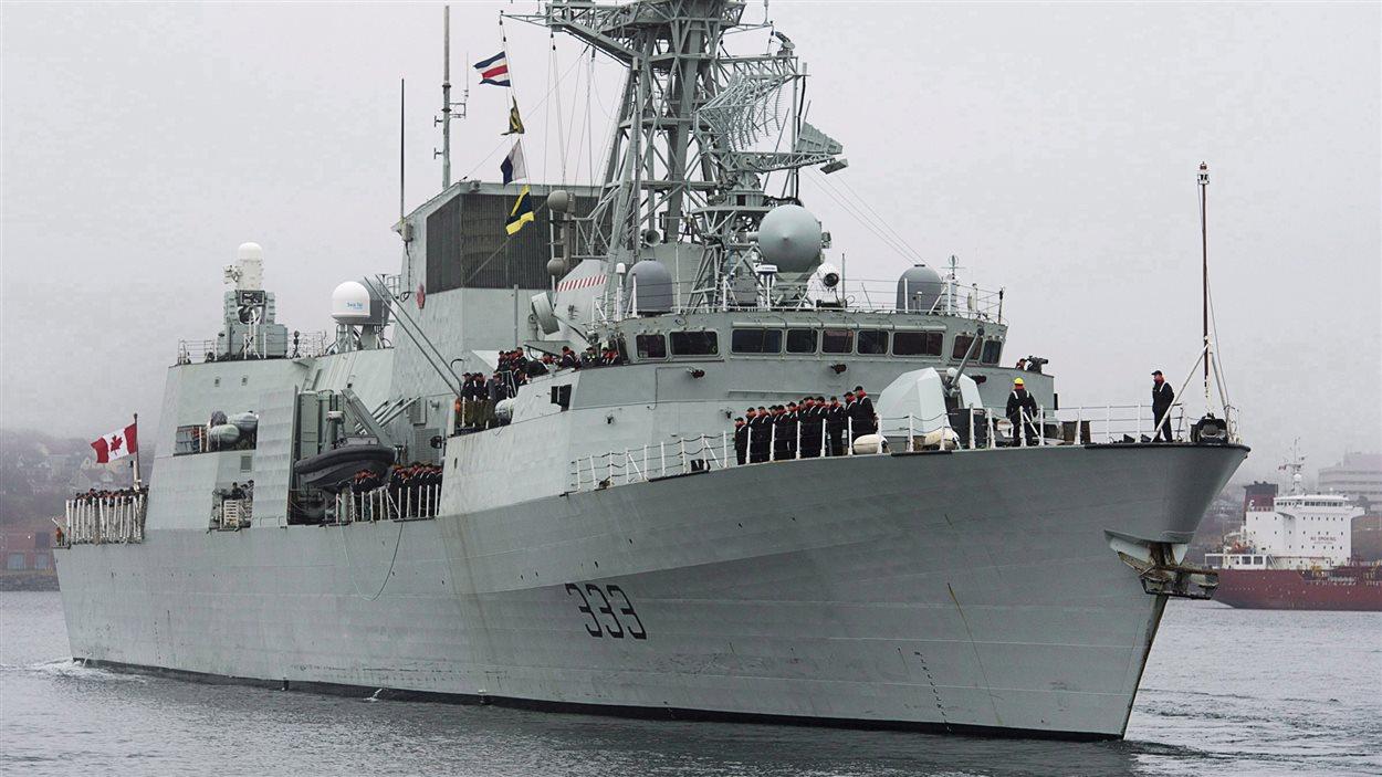 La Marine canadienne intercepte 180 kg d'héroïne dans la ...