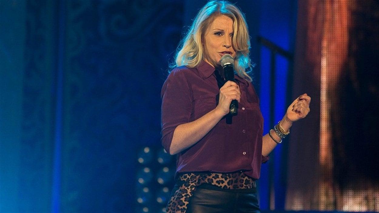 L'humoriste Cathy Gauthier sera au Gala du 25e anniversaire de l'ÉNH