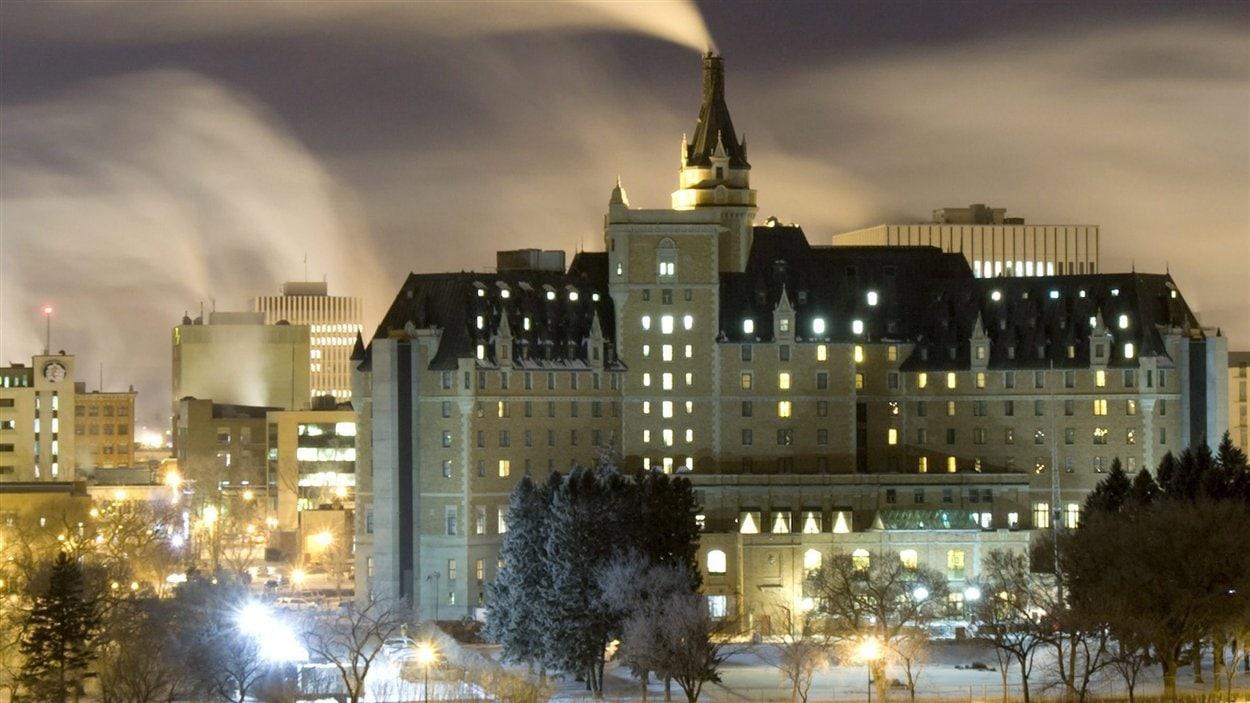 L'Hotel Delta Bessborough au centre-ville de Saskatoon par -27 Celcius en décembre 2008.