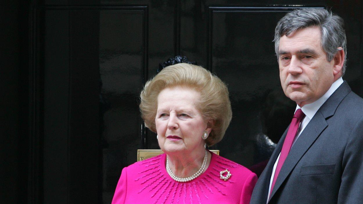 Les anciens premier ministres Margaret Thatcher et Gordon Brown à Londres en 2007