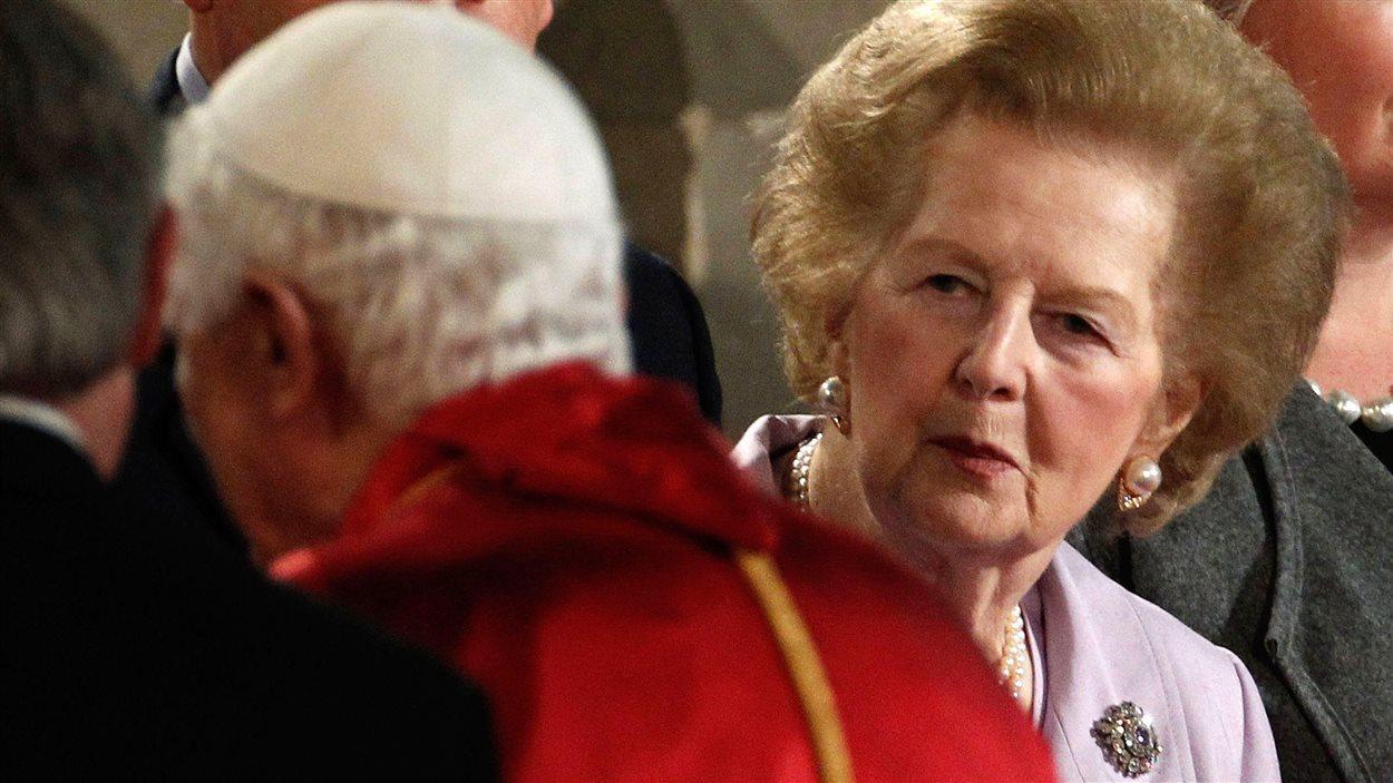 Margaret Thatcher rencontre le pape Benoît XVI à Westminster Hall à Londres, en septembre 2010.