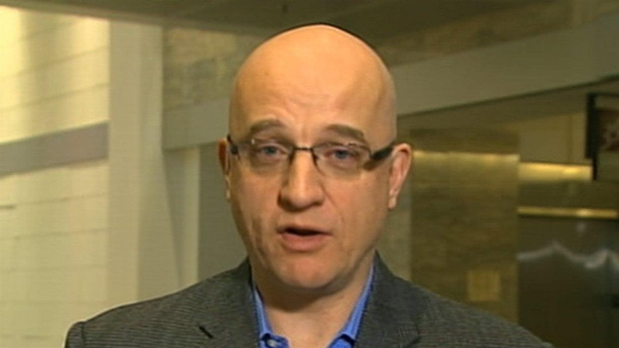 Le président de Médecins québécois pour le régime public, Alain Vadeboncoeur