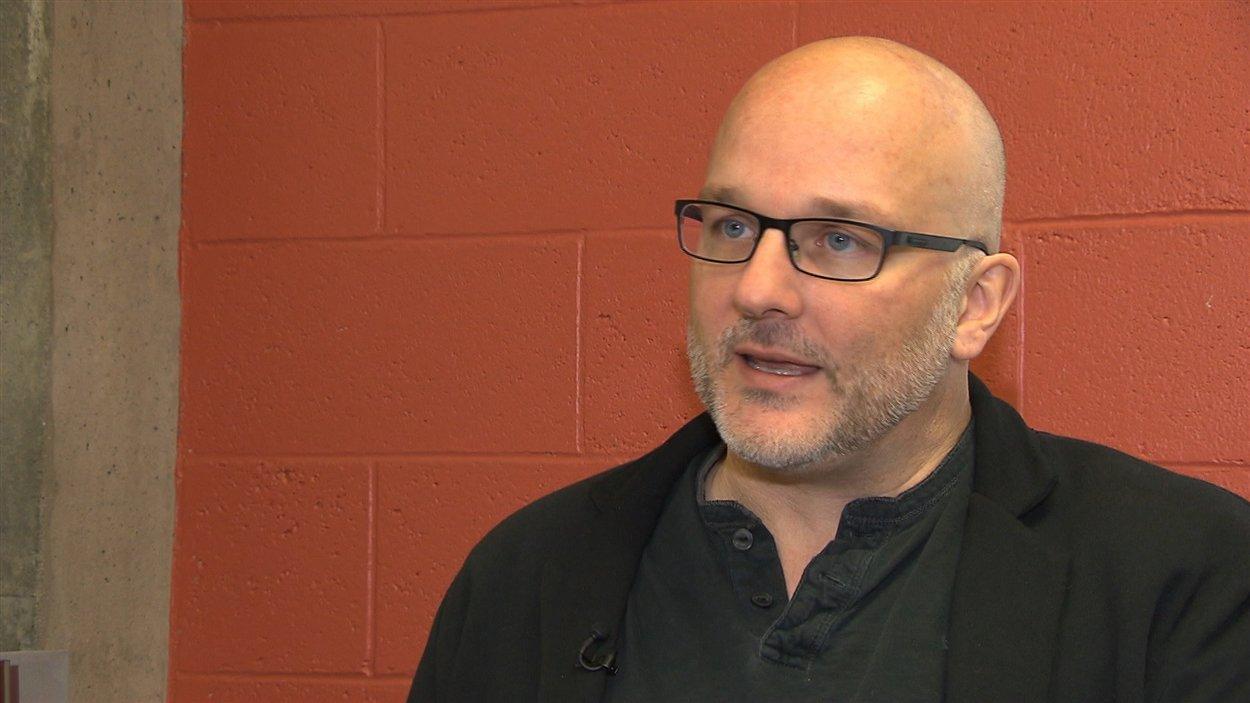 François Audet est professeur à l'Université du Québec à Montréal et directeur de l'Observatoire canadien sur les crises humanitaires