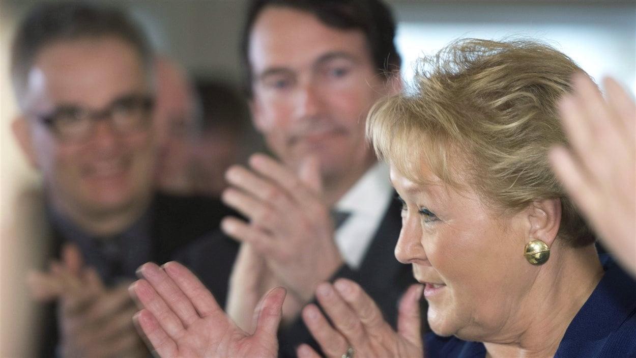 Le ministre Réjean Hébert, Pierre Karl Péladeau et la première ministre, Pauline Marois