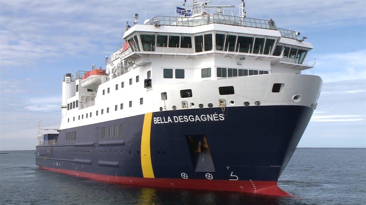 Le navire Bella Desgagnés