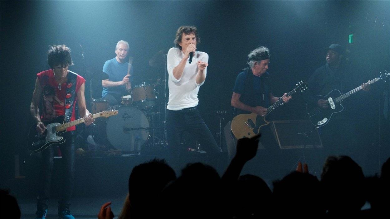 Les Rolling Stones en concert au club Echoplex de Los Angeles