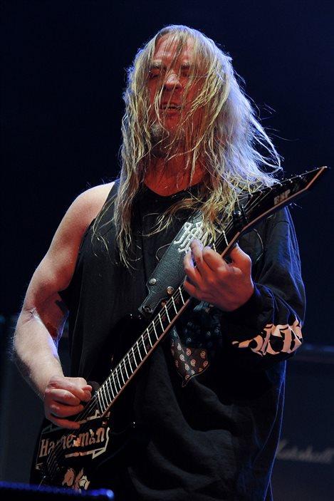 Le guitariste de Slayer Jeff Hanneman en concert à Indio, en Californie, en avril 2011