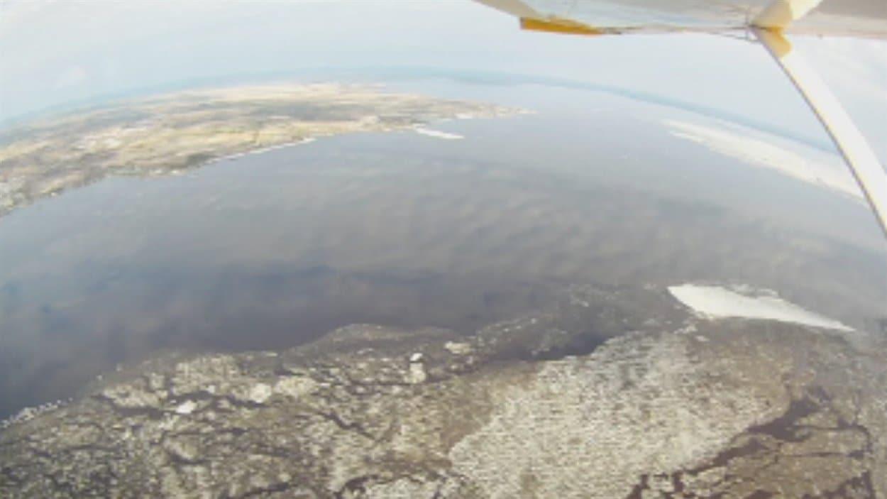 Vue du lac Saint-Jean, libéré de ses glaces à 70 %