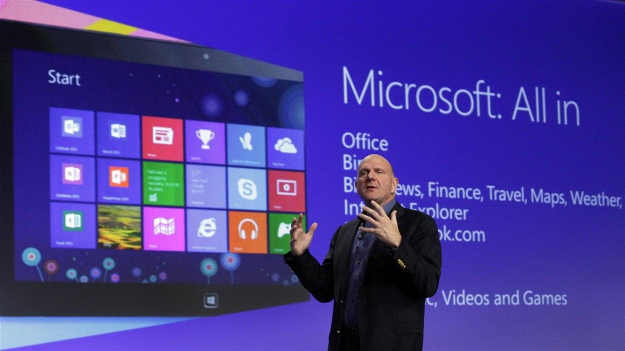 Le président de Microsoft, Steve Ballmer, au lancement de Microsoft 8