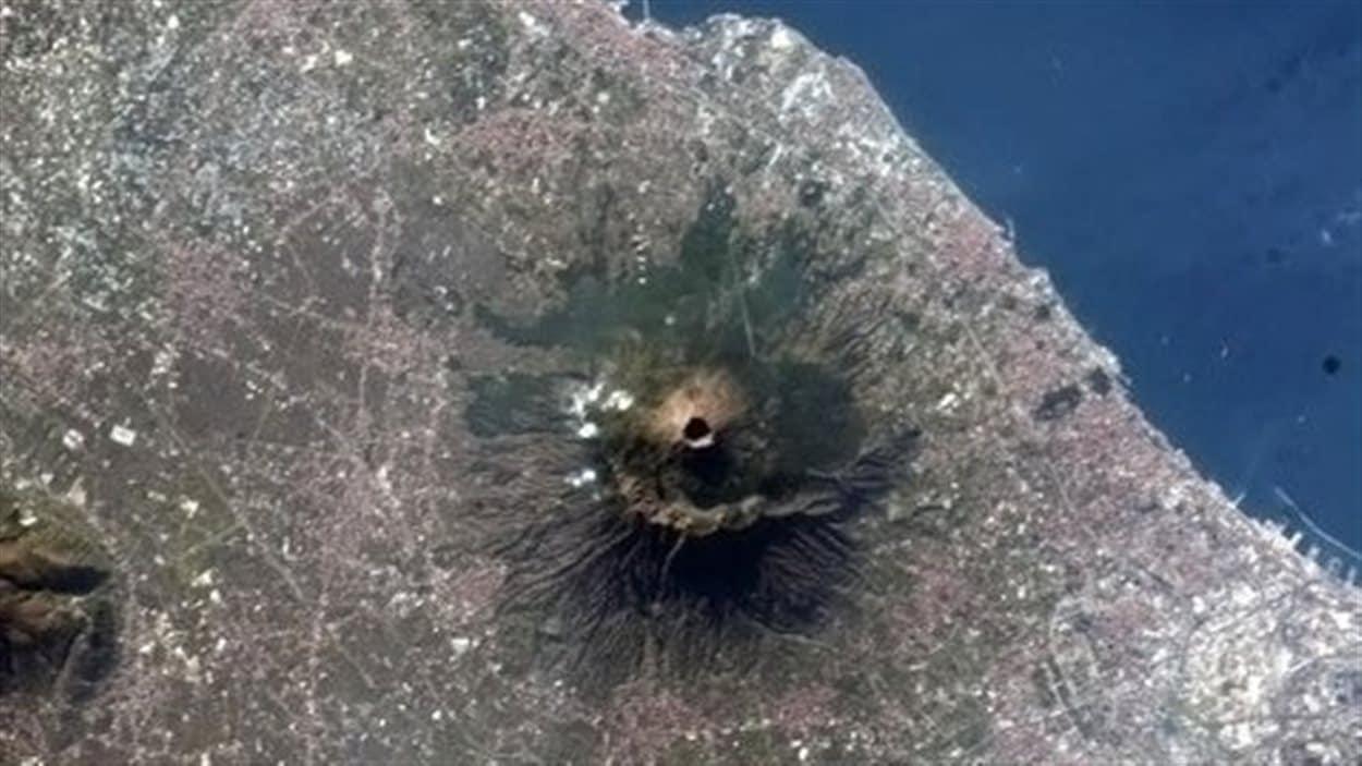 Le volcan Vésuve, en Italie, le 1er janvier 2013