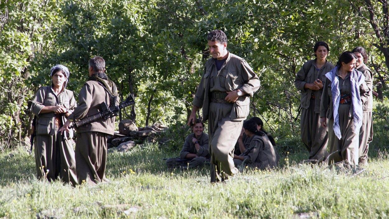 Des rebelles du Parti des travailleurs du Kurdistan (PKK) le 25 avril 2013.