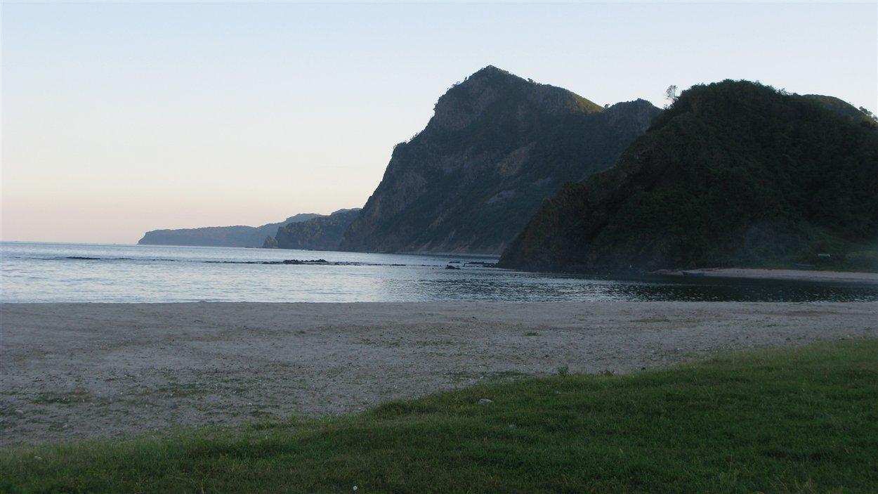 Côte est de la Corée du Nord près de Chilbo