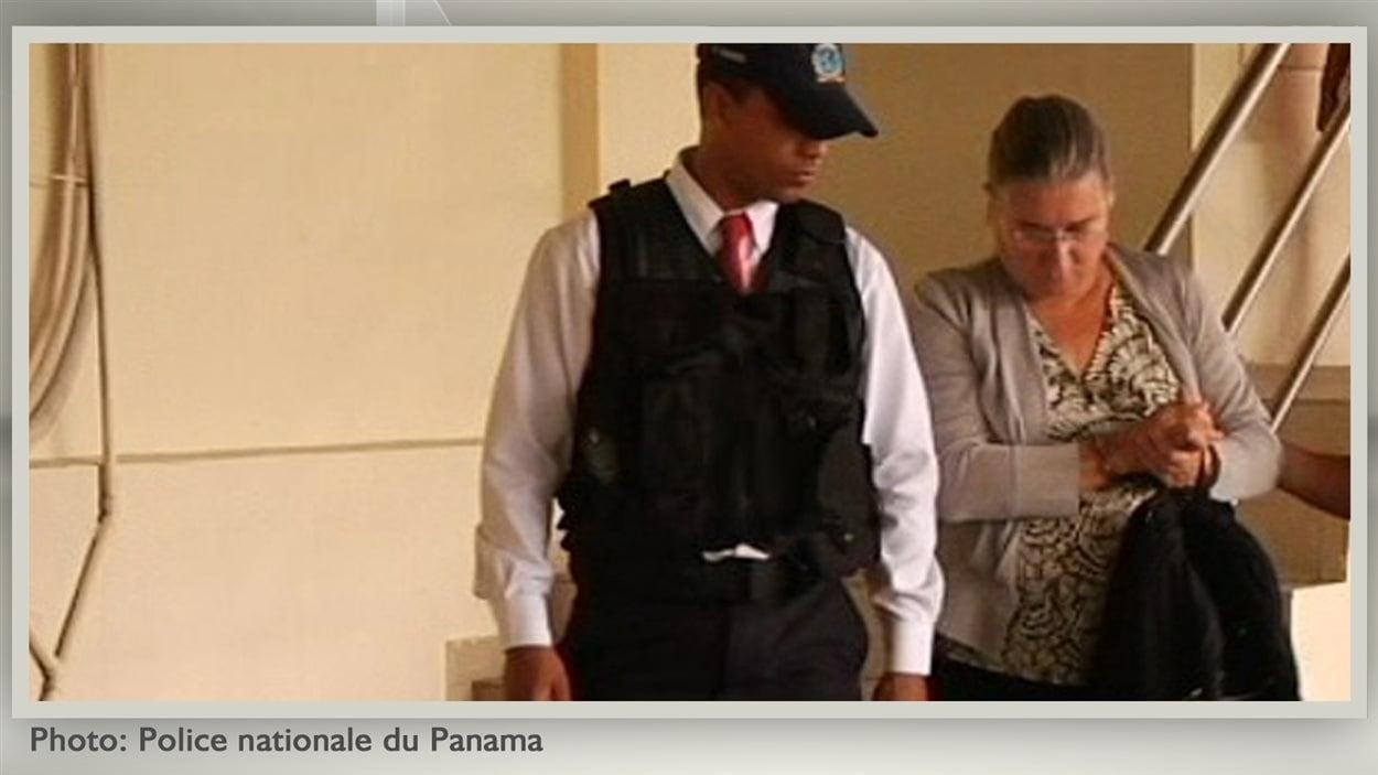 Arrestation de l'épouse du Dr Arthur Porter, Pamela