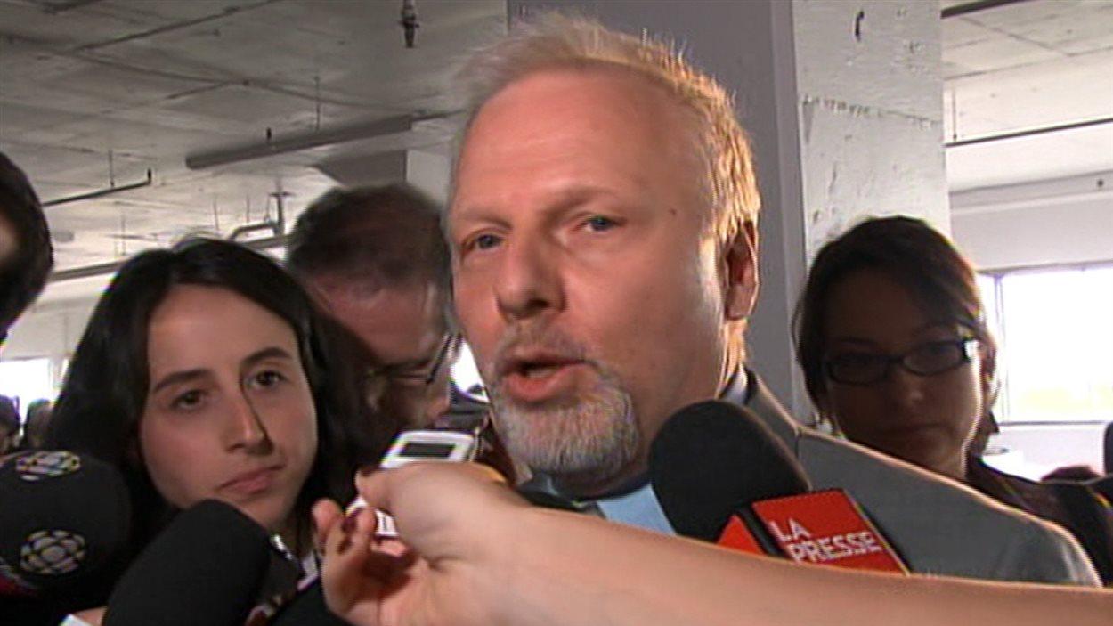 Jean-François Lisée estime que Michael Applebaum doit quitter ses fonctions.