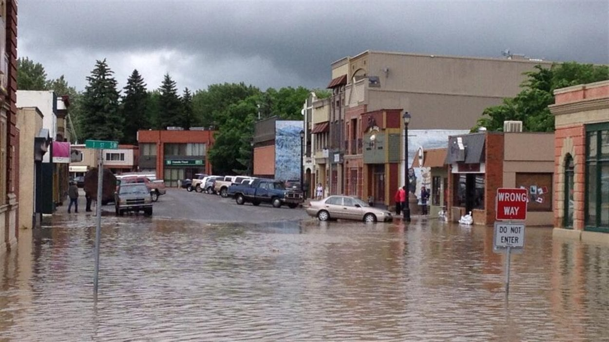 Le centre-ville de High River en Alberta