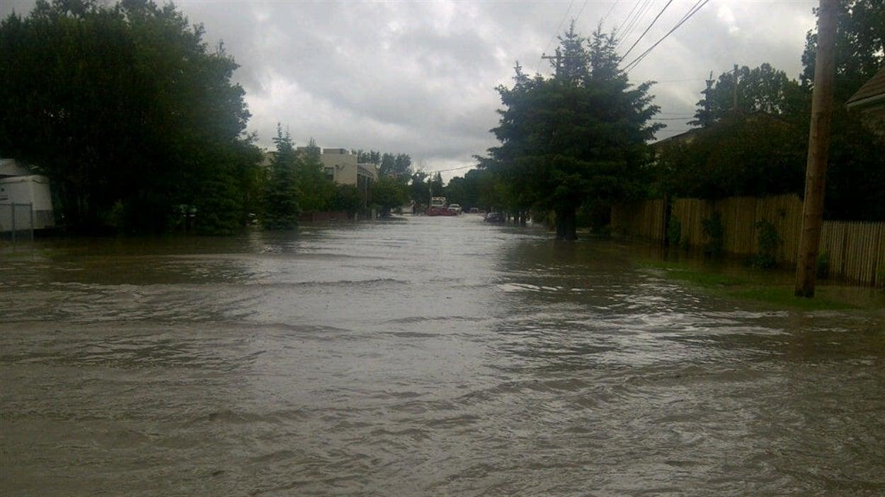 Les inondations à High River