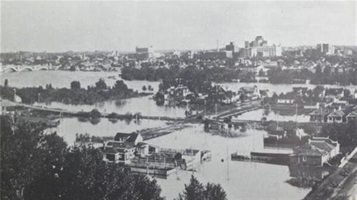 Calgary sous les eaux en 1932. Certaine ressemblance avec 2013...