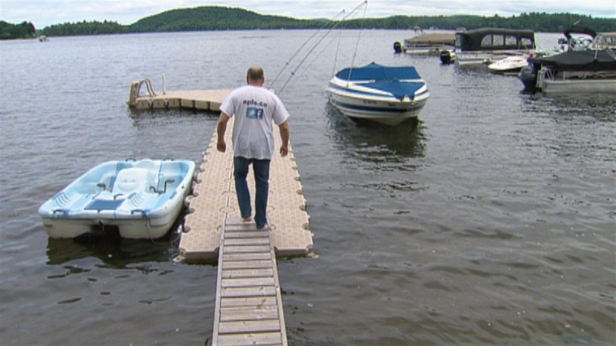 Les propriétaires souhaitent retrouver la quiétude autour du lac, cet été.