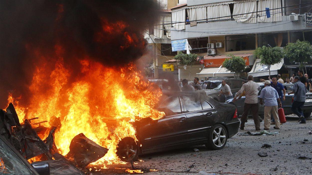 Une quinzaine de personnes ont été blessées dans l'explosion d'une voiture piégée à Beyrouth, au Liban.