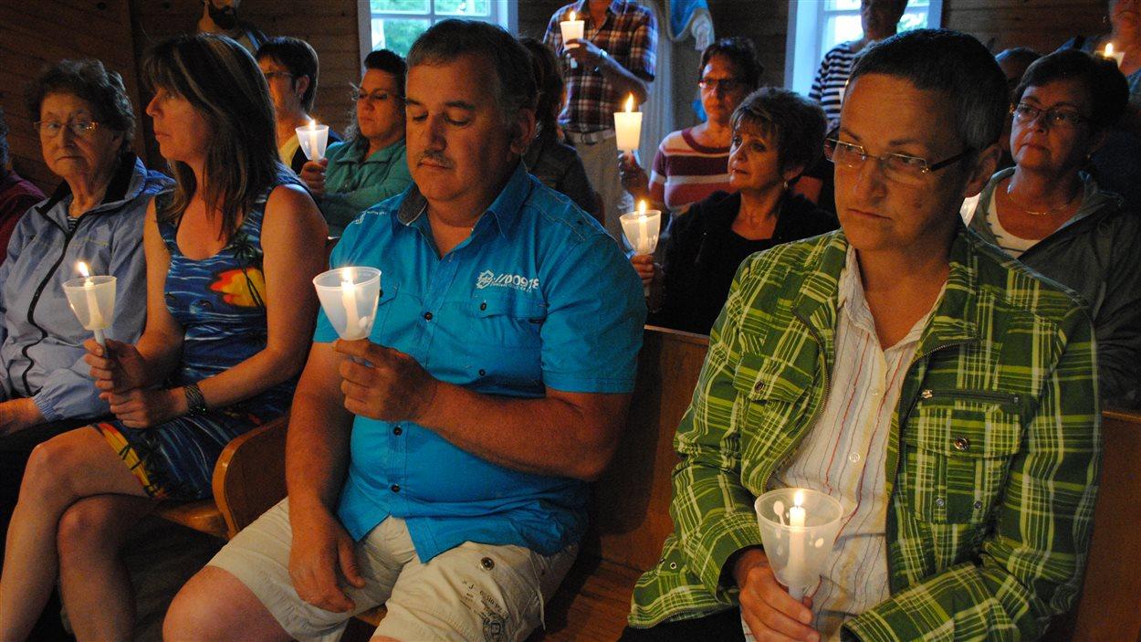 Veillée au sanctuaire Sainte-Anne-du-Bocage à Caraquet, au Nouveau-Brunswick