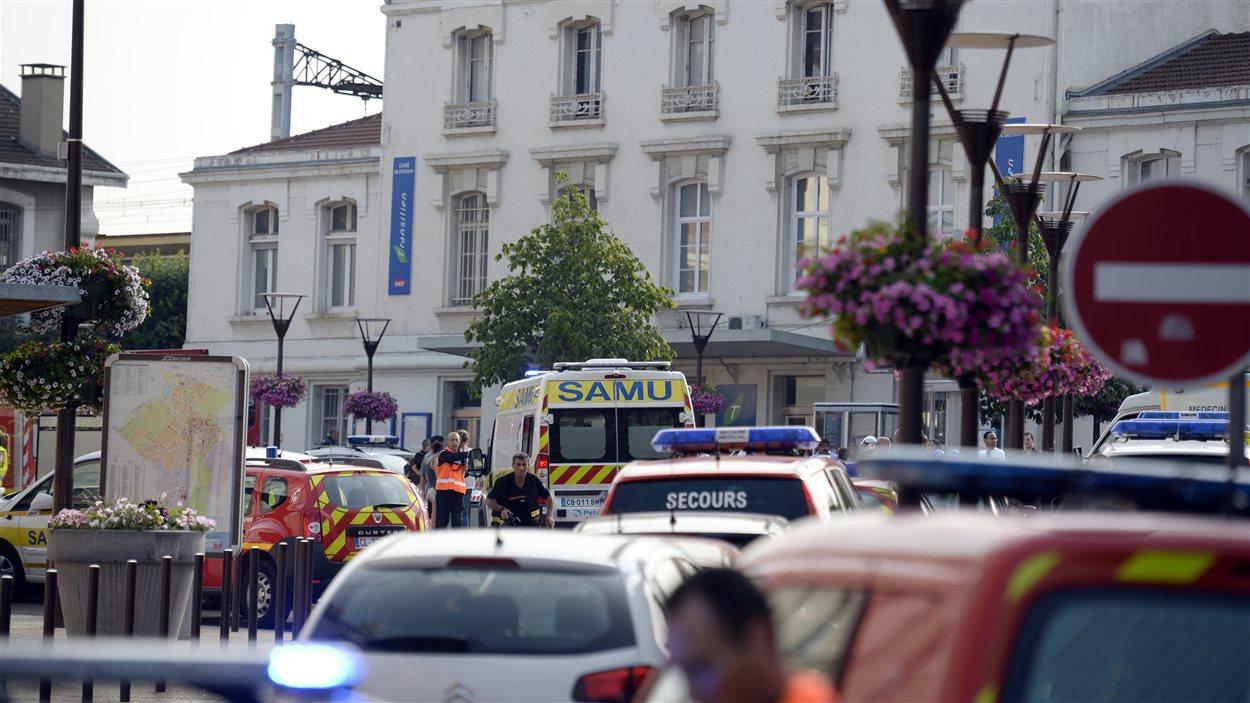 Les secours sont sur place près de la gare de Brétigny-sur-Orge