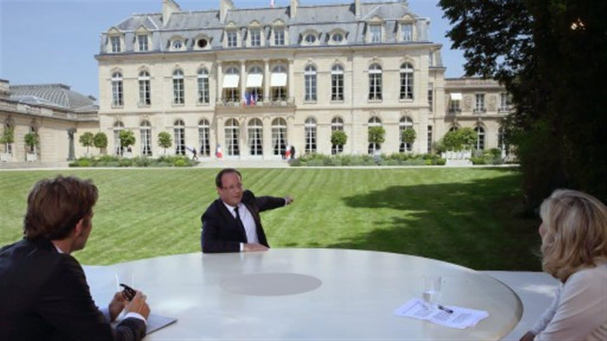 Le président accorde une entrevue