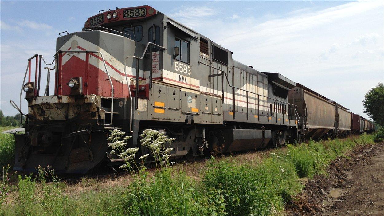 Train immobilisé à Farnham