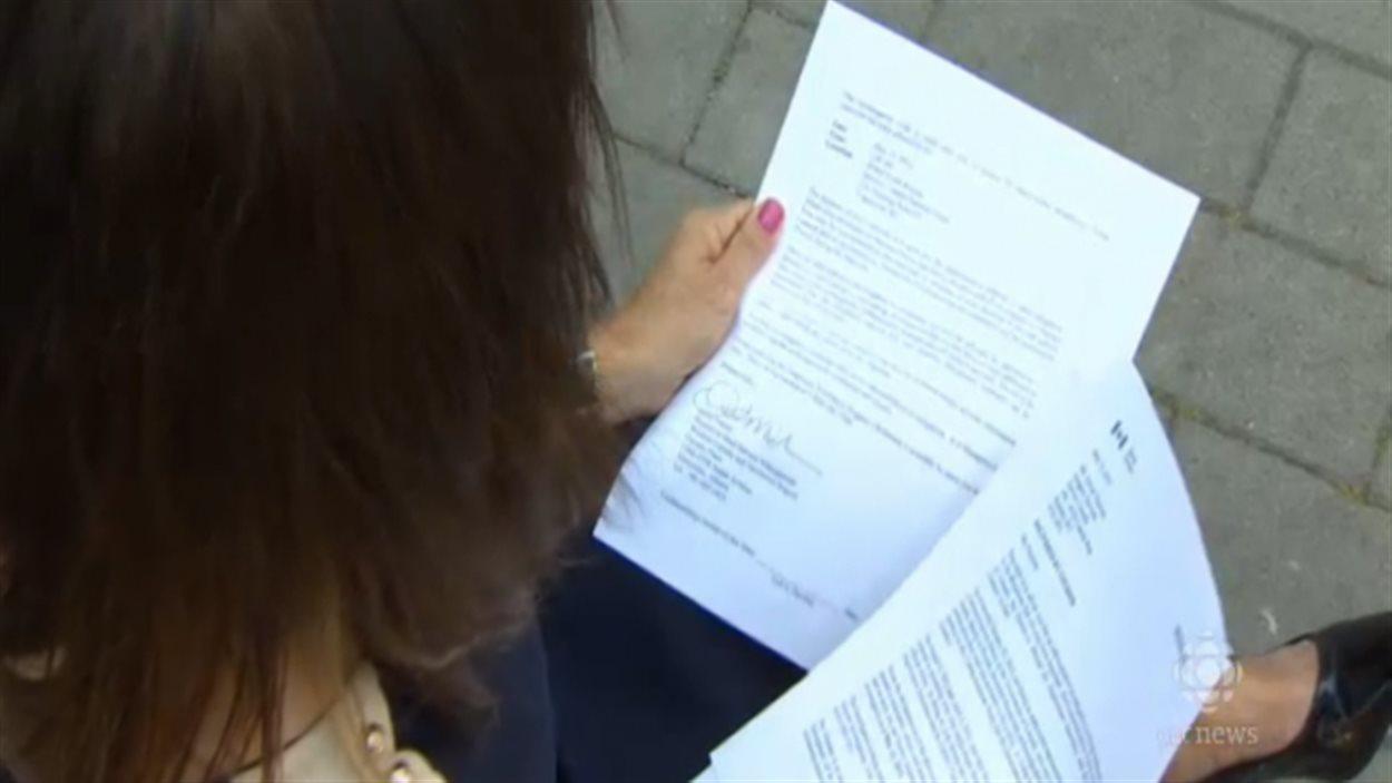 Une employée de Service Canada a été suspendue sans solde, après avoir divulgué de manière anonyme des informations confidentielles.