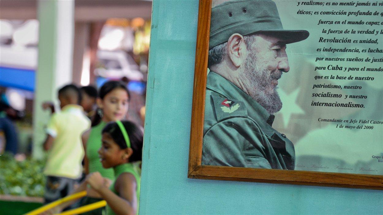 (13 août 2012) Des enfants célèbrent le 86e anniversaire de Fidel Castro, même si l'ancien leader n'a pas fait d'apparition publique.