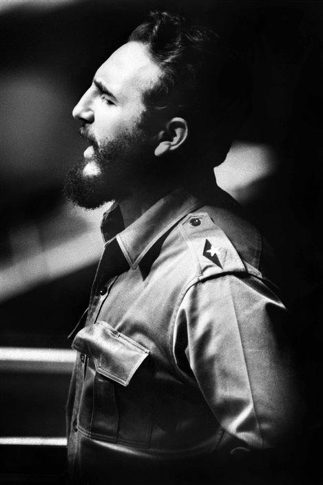 (26 septembre 1960) À New York, le président Fidel Castro livre à l'Assemblée générale des Nations unies l'un de ses traditionnels discours-fleuves. Il durera 4 h 29.