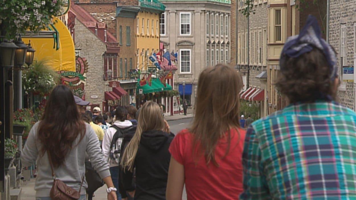 Touristes dans le Vieux-Québec