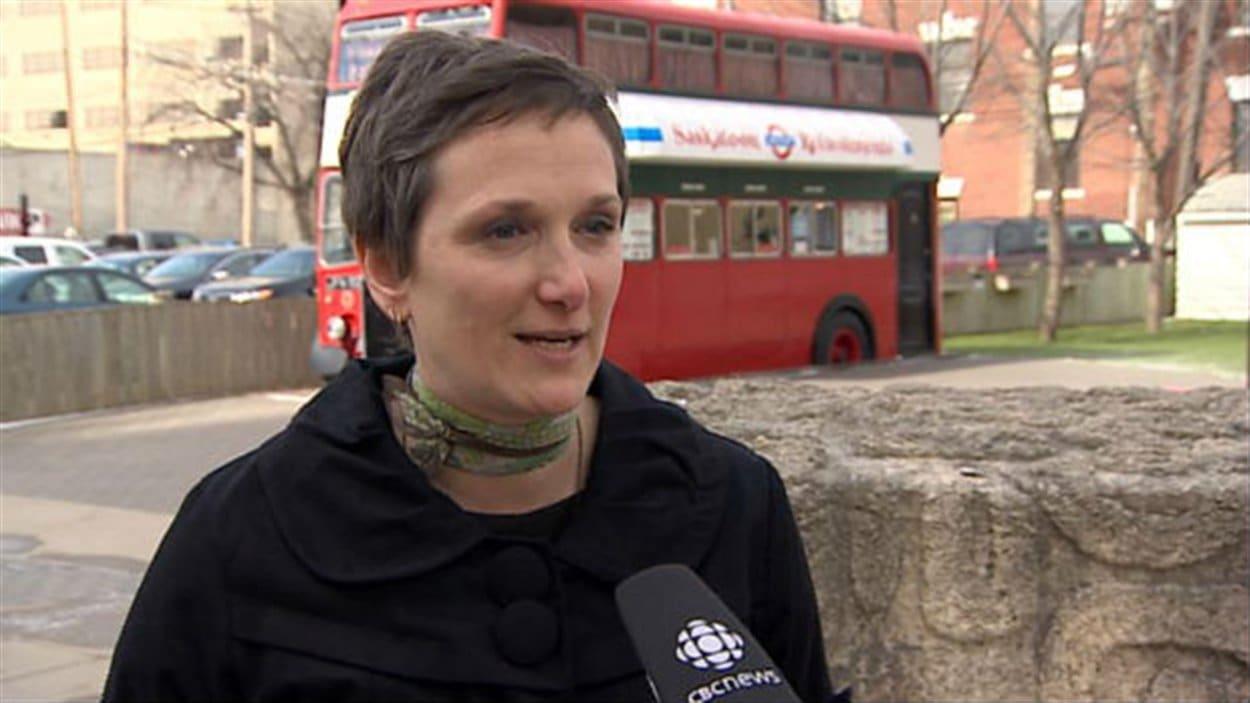 Sandra Butel, directrice artistique du Regina Folk Festival (Source : CBC)