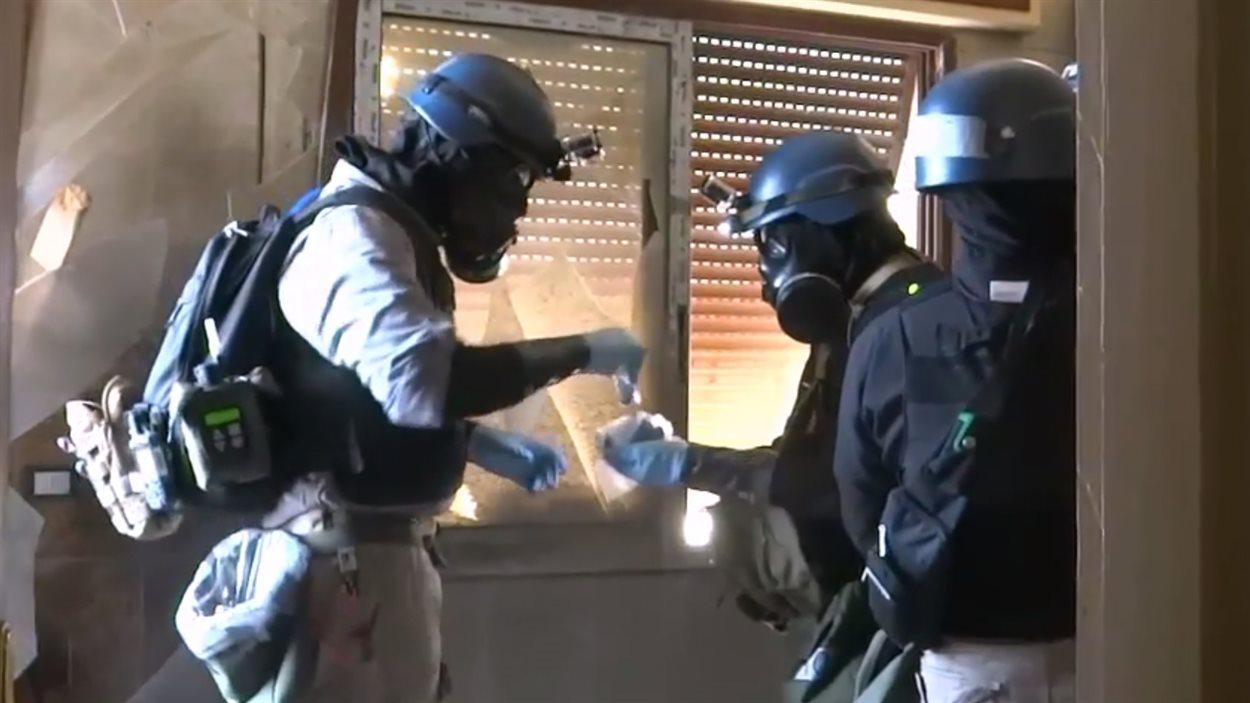 Les enquêteurs en armes chimiques de l'ONU devraient rentrer de Syrie samedi.