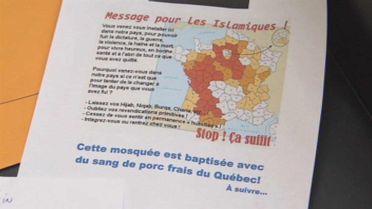 Des documents islamophobes ont été envoyés à la mosquée et à Radio-Canada