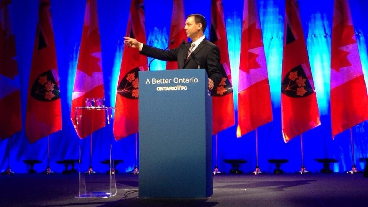 Tim Hudak lors du congrès du Parti progressiste-conservateur.