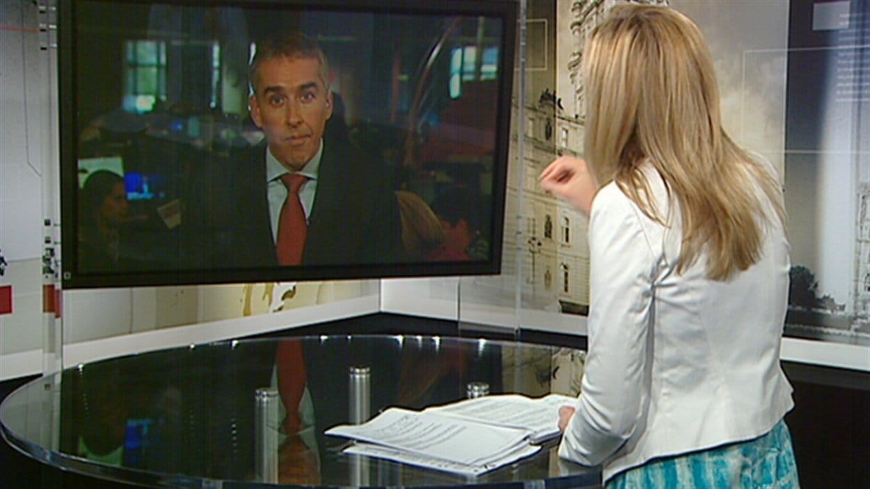 Le ministre des Finances, Nicolas Marceau, répond aux questions d'Emmanuelle Latraverse.