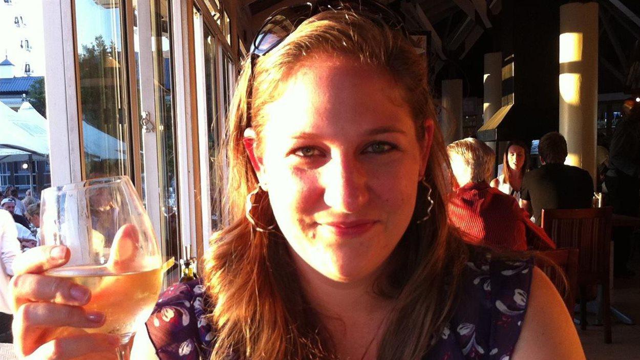 La diplomate canadienne Annemarie Desloges, 29 ans, figurent parmi les victimes.