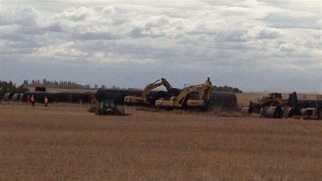 La police du CN poursuit son enquête cet après-midi sur le site du déraillement de Landis.