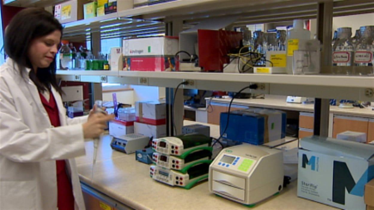 Lynne-Marie Postovit, titulaire de la nouvelle chaire de recherche sur le cancer de l'ovaire à l'Université de l'Alberta