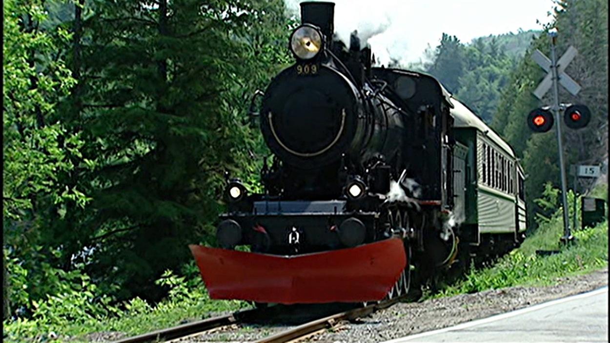 La Compagnie de chemin de fer de l'Outaouais a besoin au total de 13,2 millions de dollars pour remettre le train sur les rails.